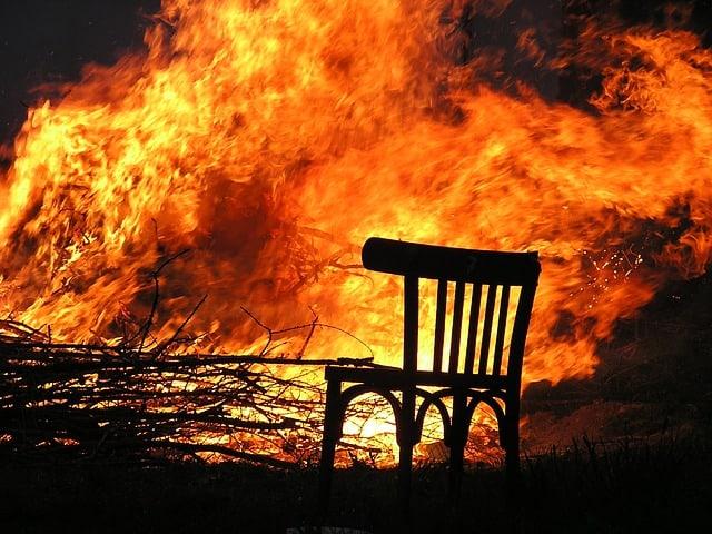 נזקי אש